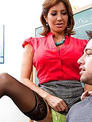 Sexy Secretary, Tara Holiday